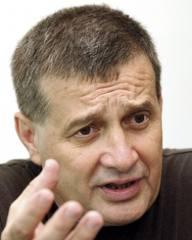 Dinescu, Mircea portréja
