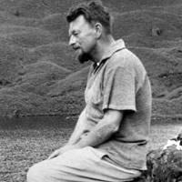 Lowry, Malcolm portréja