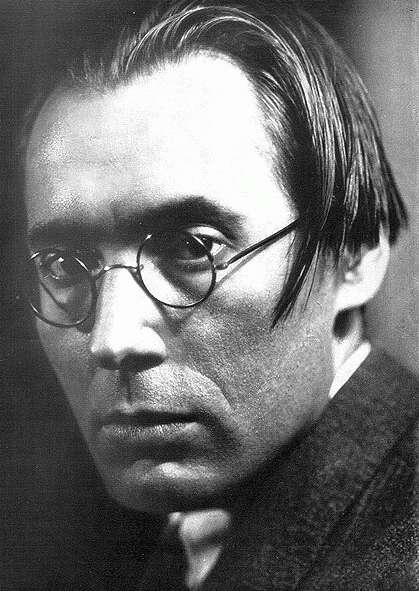 Szabó Lőrinc portréja