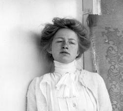 Portre of Södergran, Edith